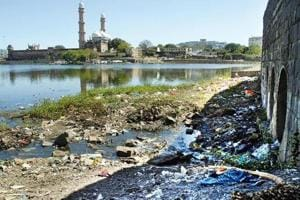 Hoteliers seek govt help as sewage deadline ends