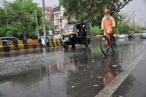 Second day of rain and low temperatures in Gurgaon