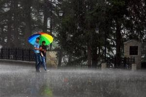 Rain brings relief from heat in north India