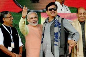BJP Twitter war: Shatrughan Sinha, Sushil Modi face-off over  Kejriwal...