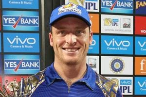 Jos Buttler takes off towel while celebrating Mumbai Indians' IPL 2017...