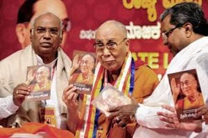 India 'guru' for sharing ancient knowledge, Dalai Lama