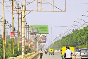 Noida: Defaulting builders may soon find their names on hoardings