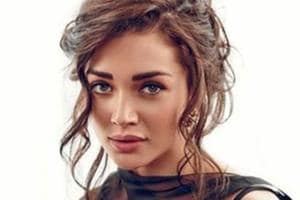 Amy Jackson thanks Rajinikanth for teaching her to be patient and...