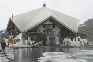 Hemkund Sahib reopens for pilgrims after winter closure