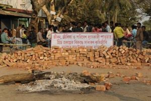Mamata's men enforce 'unwritten blockade' on 12 Bengal villages to...