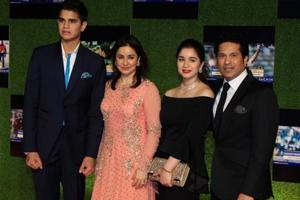 Sachin Tendulkar and wife Anjali complete 22 years of marriage