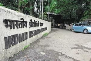 IIT-Bombay hikes fees, divides mess charges among all students