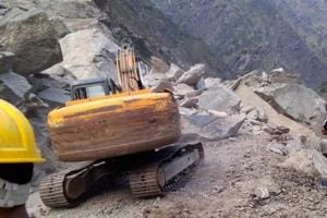 Rains trigger landslide in Uttarakhand, briefly disrupts Char Dham...