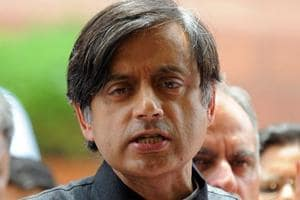 'Had enough...': Shashi Tharoor files defamation case against Arnab...