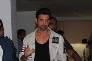 Hrithik Roshan to launch trailer of Vikram Phadnis' debut film,...