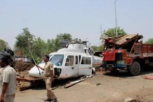 Maharashtra CM Fadnavis rescued by Muslim scrap dealer  after chopper...