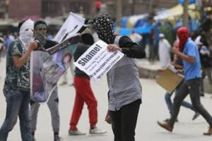Clashes near Srinagar's Jamia Masjid after Friday prayers; two injured