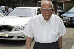 Jethmalani to stay as Delhi CM Kejriwal's lawyer in defamation case,...