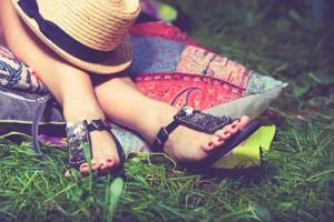Hunting for a footwear trends guide for summer? Here's one for both...