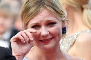 When Kirsten Dunst burst into tears at the Cannes red carpet