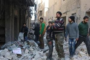 Syria: Airstrikes kill 17 civilians near de-facto Islamic State...