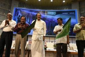 Kejriwal, Venkaiah Naidu flag off Delhi metro Heritage Line; route to...