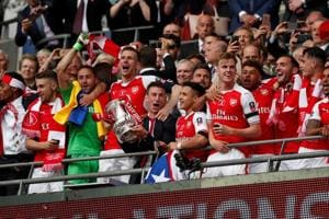Arsenal beat Chelsea 2-1, clinch record 13th FA Cup title