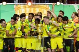 Borussia Dortmund edge out Eintracht Frankfurt 2-1 in final to win...