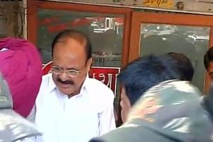 Delhi e-rickshaw driver killed: Venkaiah Naidu gives Rs 50,000 as aid...