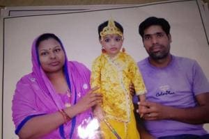 Two-year-old killed as auto rams into bus in south Delhi; parents,...