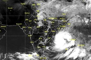 Western disturbance brings rain to north India, Cyclone Mora for the...