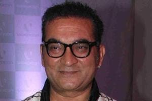 Singer Abhijeet Bhattacharya back on Twitter with a new account and a...