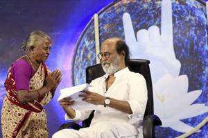 Can Rajnikanth fill the political vacuum in Tamil Nadu?