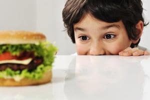 High-fat diet in childhood may lead to 'junk-food obsession' as adults