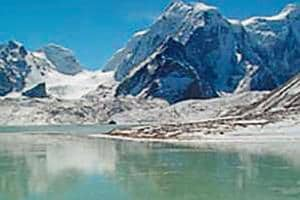 The Gurudongmar lake, named after founder of Tibetan Buddhism in the 8th century Guru Rinpoche, is the main source for Teesta river.