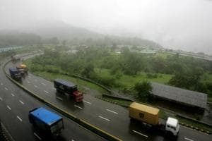 Hit-and-run on Mumbai-Pune expressway: 50-year-old man held from...