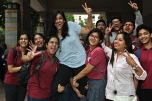 ISC, ICSE scores to push up FYJC, degree cut-offs in Mumbai