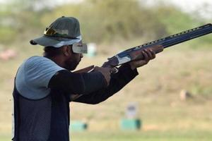Indian shooters are having issues with the food being served at the World Cup training camp in Azerbaijan.