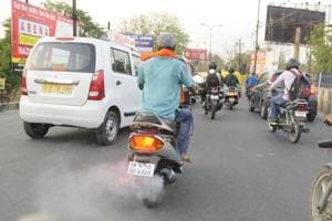 The maximum 24-hour mean of PM2.5 was observed in Indira Nagar.