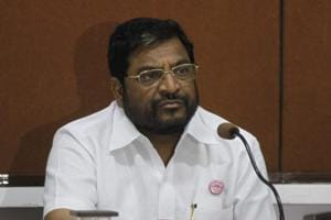Swabhimani Shetkari Sanghatana leader and MP Raju Shetty has hinted at possibility of police revolt if their grievances are not addressed immediately.