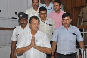 Speaker Premchand Aggarwal arrives at the Vidhan Sabha for the Budget session in the assembly on Thursday.