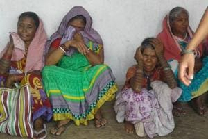 Family members of farmer Kaleshwar Mahato who committed suicide at Simalbera village under Pithoria police station in Ranchi