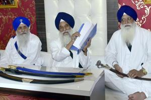Akal Takht jathedar Giani Gurbachan Singh (centre) addressing the media in Amritsar on Tuesday.
