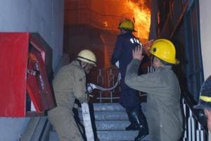 he High Court had said that it was the responsibility of the chief fire officer to see that fire safety measures are provided in high-rise buildings, business buildings or mercantile buildings in accordance with Building Bye-laws.