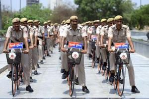 At the root of these mass litigations is a policy of the Delhi Police, which fixed the minimum entry pay for direct-recruit constables joining the force in or after 2006, up to Rs 1,900 more than the pay fixed for those recruited between 2000-06.