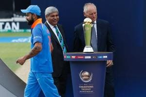Did Virat Kohli lose the final of the ICC Champions Trophy against Pakistan by choosing to field first?