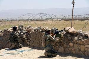 Pakistan moves ahead on border fence despite Afghan objections