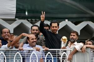 Pakistan captain Sarfraz Ahmed gets hero's welcome in Karachi
