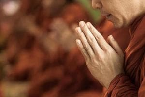 Praying regularly linked to emotional well-being among senior citizens