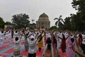 Rain dampens Yoga Day celebrations: Low turnout at India Gate, chaos...
