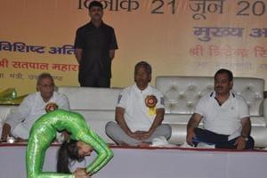 CM leads Yoga Day celebrations