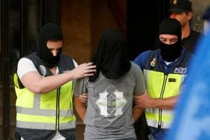 Police arrest Islamic State suspect, 2 others in Madrid
