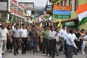 Darjeeling: All-party meet flops, Bengal govt turns heat on Gorkhaland...