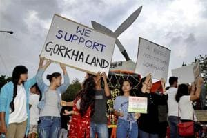 Gorkhaland agitation turning into mass movement, hill parties not in...